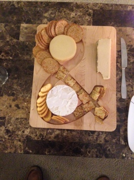 Maple cheese and crackers serving tray